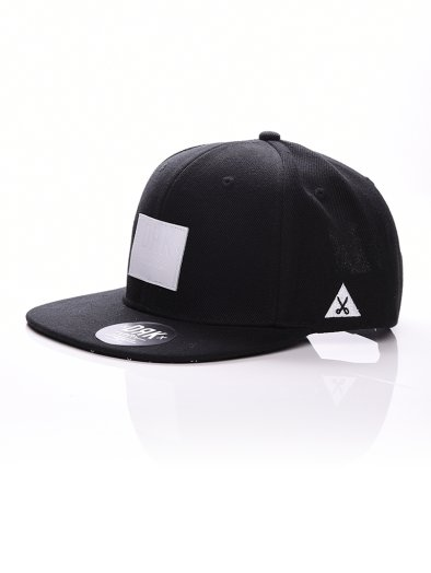 BADGE SNAPBACK BLACK/WHITE