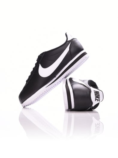 Womens Nike Classic Cortez Leather Shoe