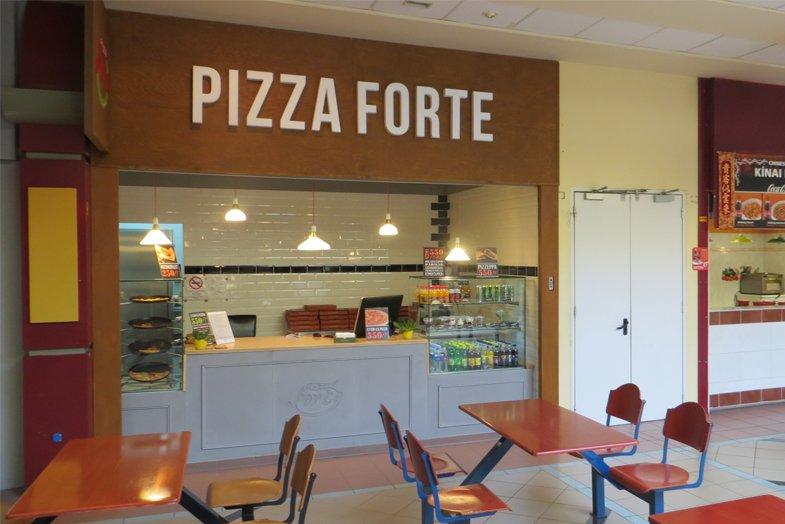 Pizza Forte Sopron Plaza - nyitvatartás, cím, termékek, akció
