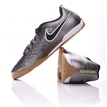 Nike Junior Magista Ola IC