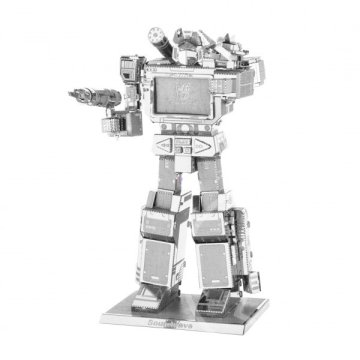 Metal Earth Transformers: Soundwave