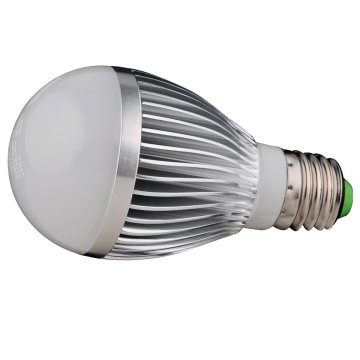 LED GÖMB IZZÓ E27 POWER LED 5W      AC220V,