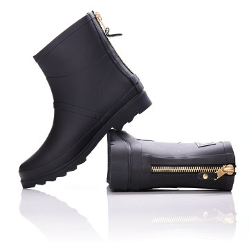 BLACK COLOR ANKLE BOOT WITH ZIPPER
